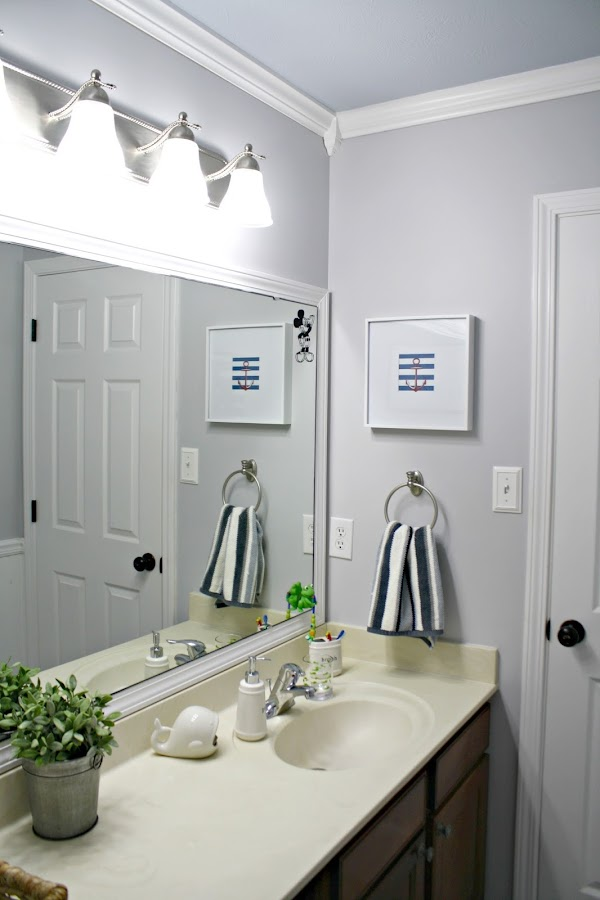 Simple updates in bathroom