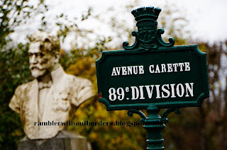 Street and Division signpost, Pere Lachaise Cemetery