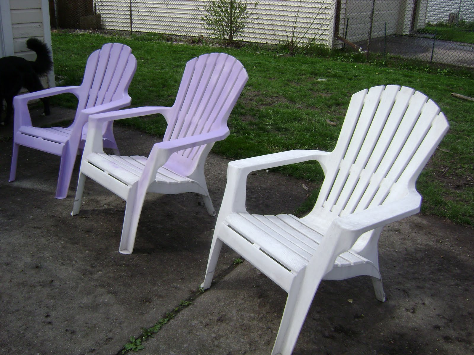 White Lawn Chairs Plastic Quality Chair Covers Milton Keynes Riparata Goody Gumdrop Impossible To Clean