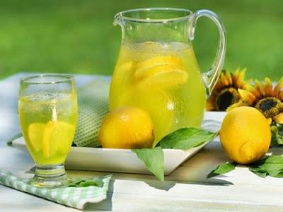 Uống nước cam pha với mật ong thơm ngon bổ dưỡng