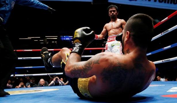 Video Pacquiao Rebut Gelar Welter WBA: Paksa Matthysse Jatuh Bangun dan TKO