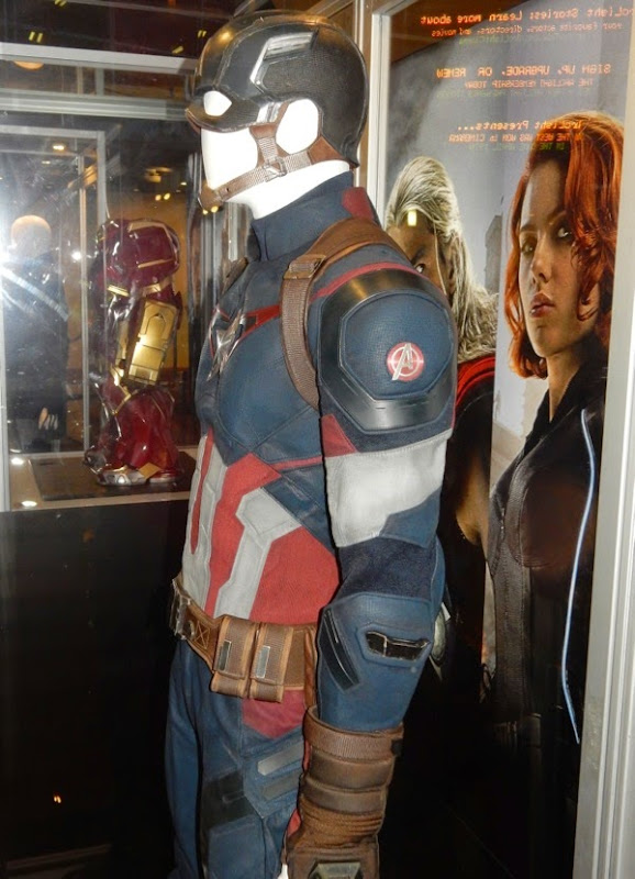 Captain America costume detail Avengers Age of Ultron
