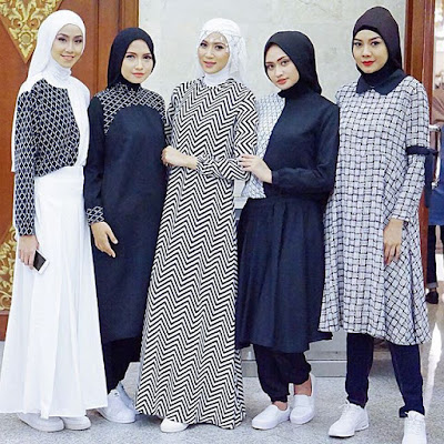 Model Baju Masa Kini Long Dress Monokrom