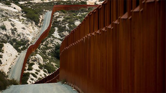 """""""Bibi Netanyahu me dijo que el muro funciona"""": filtran la primera llamada de Trump a Peña Nieto"""