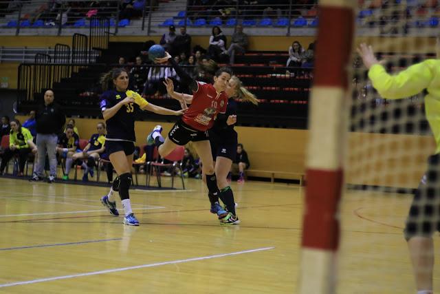 Balonmano | El Prosetecnisa Zuazo se afianza en la cuarta plaza tras ganar al Base Villaverde