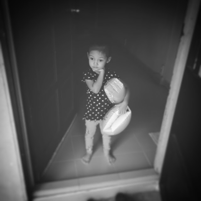 Cik puteri, kids, instagram, black and white,