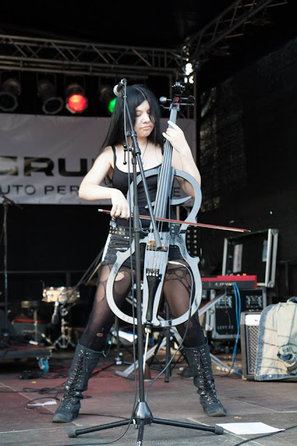 Ladies of Metal: Sandra Schmitt (Storm Seeker),Ladies of Metal, Sandra Schmitt, Storm Seeker