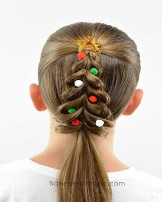 peinado casual de navidad para niña en forma de arbol de navidad