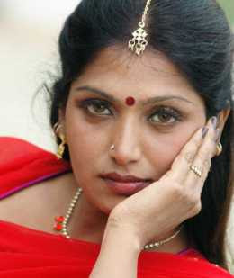 Bhuvaneswari Wiki, Height, Weight, Age, Husband, Family and Biography
