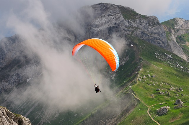 Bir Billing - Soar the Blue Skies with Paragliding