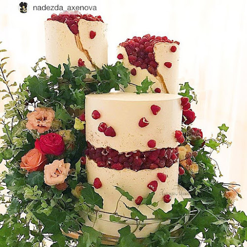 K'Mich Weddings - wedding planning - deconstructed cake fruit filled - nadezda