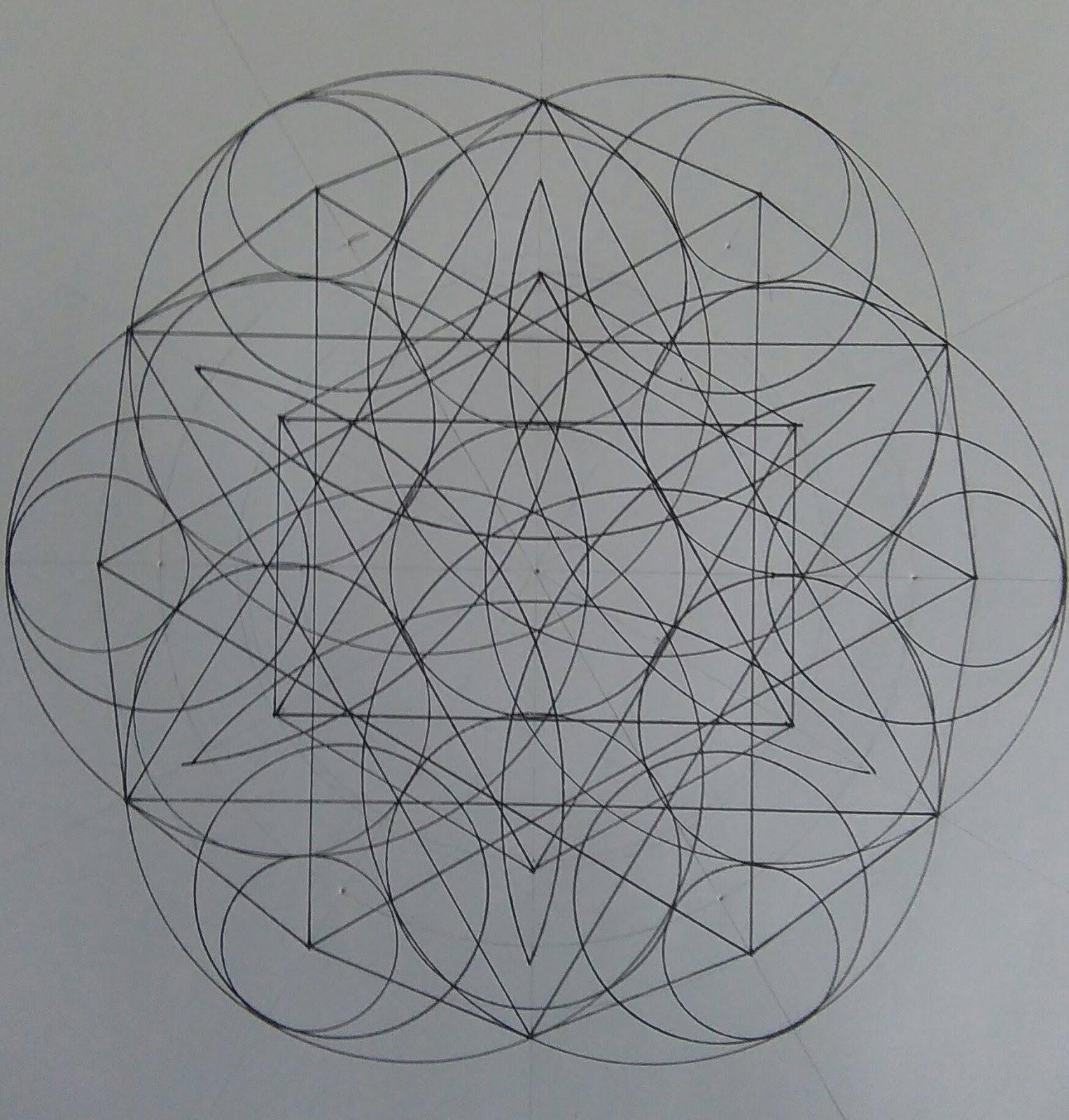 [SPOLYK] - Geometries & sketches - Page 6 47380600_1100165773503439_4302756047392604160_o