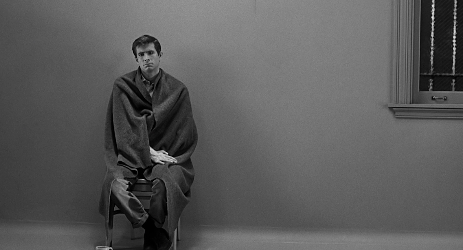 an analysis of norman bates in psycho Imitation, in the case of gus van sant's psycho, may be the sincerest  mama's  boy norman bates (vince vaughn), she's murdered during a.