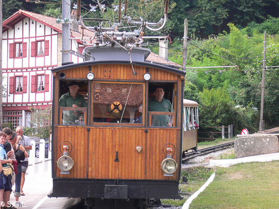 El tren de Larrun, el pequeño tren cremallera