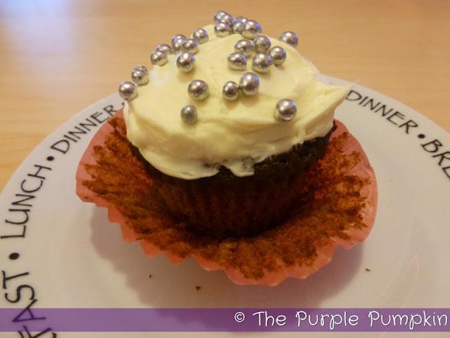 Spiced Christmas Fruit Cupcakes   The Purple Pumpkin Blog