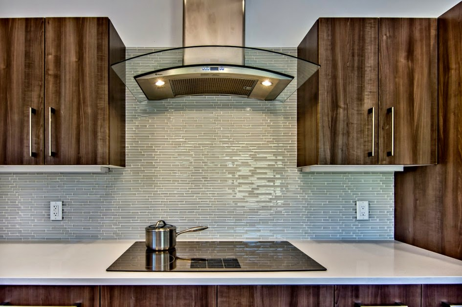 Choosing Beautiful Kitchen Glass Backsplash Tiles Glass Backpainted Br Back Splashes Ny