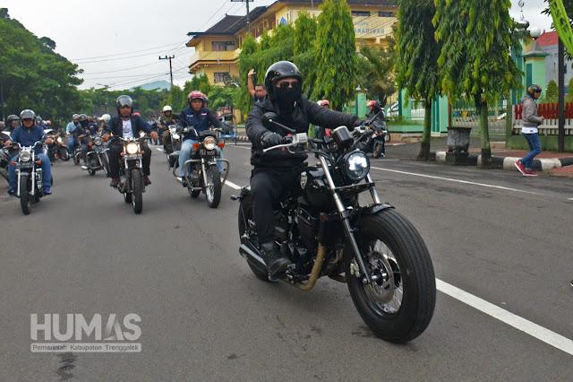 Bersama Para Rider, Cak Ipin Pelopori Gerakan Aksi Cinta Lingkungan