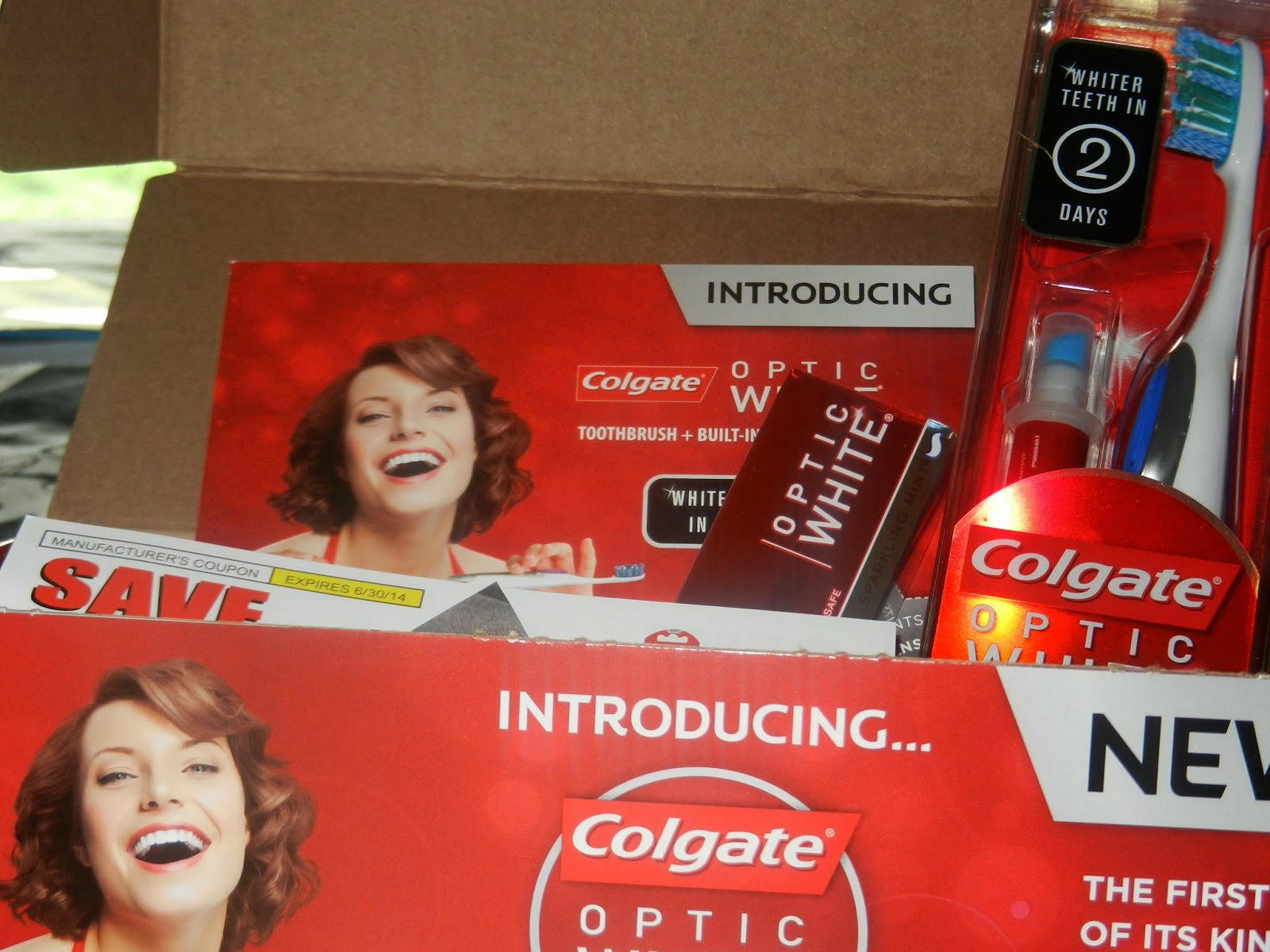 Girly Girl Giveaways Colgate Optic White Review