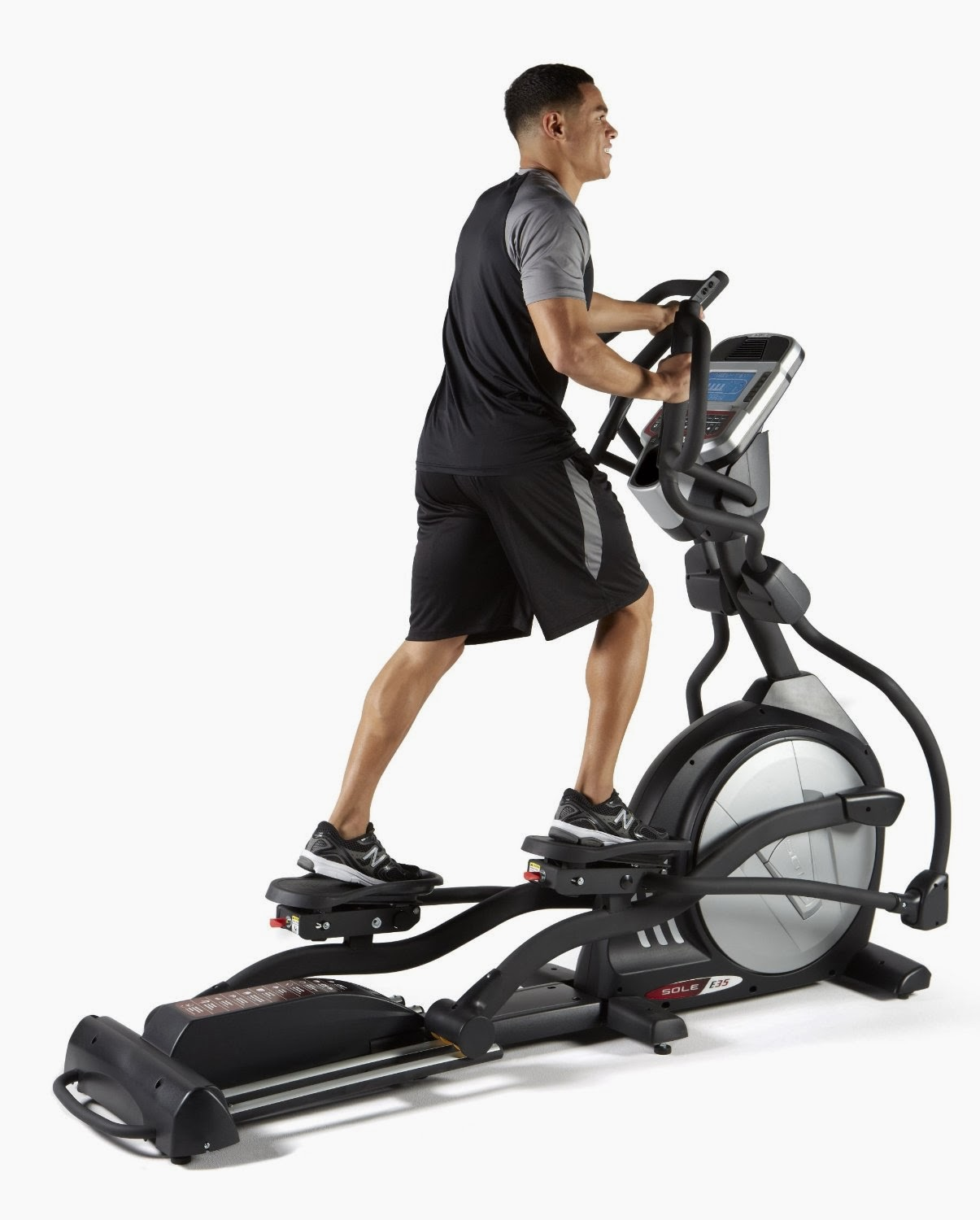 Sole E35 Elliptical Trainer Machine, picture, review features & specifications, compare with Sole E95