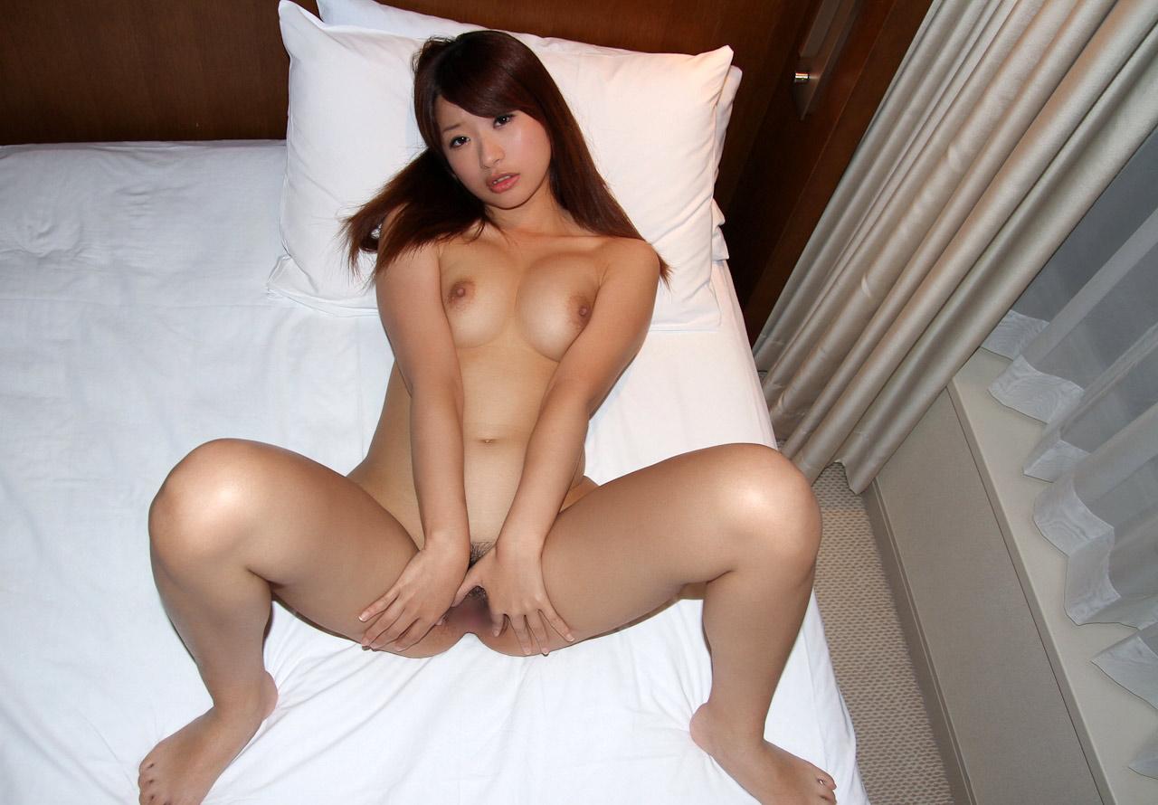 saki hatsumi sexy naked pics 04
