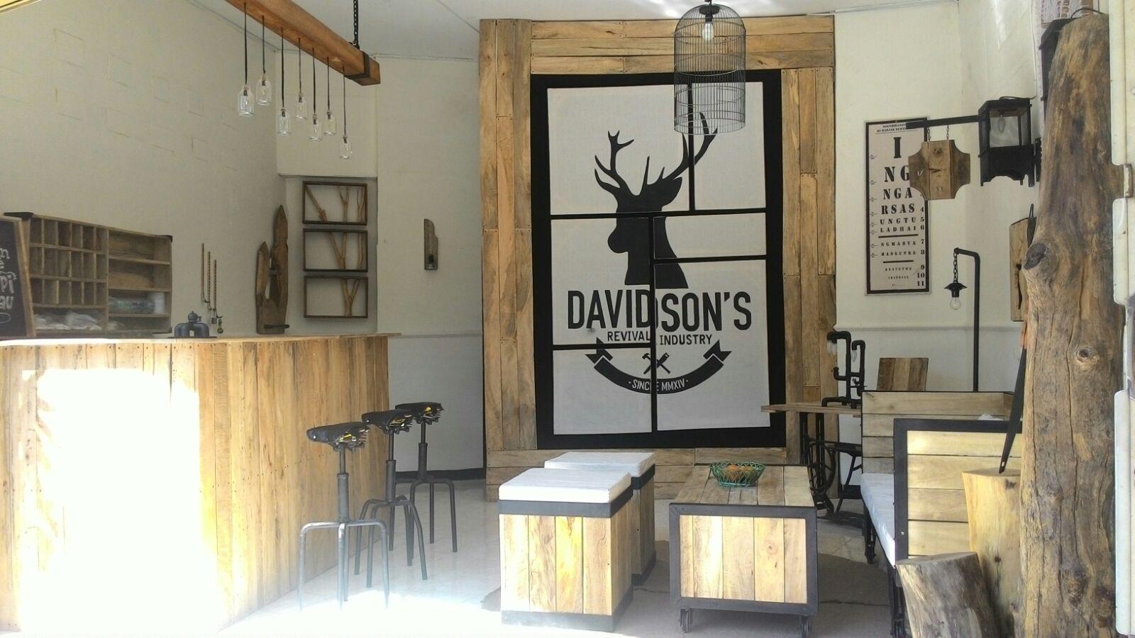 Desain interior Mini Coffee Shop yang simple dan unik