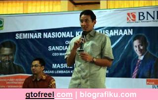 Kisah dan Profil Sandiaga Salahuddin Uno Pengusaha Sukses Berdarah Gorontalo sekarang termuat di gtofreel.com. Seperti apa kisah dan Profil Sandiaga Salahuddin Uno?