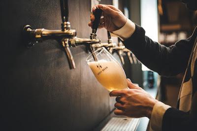 Tomarte una cerveza en casa como si estuvieras en el bar