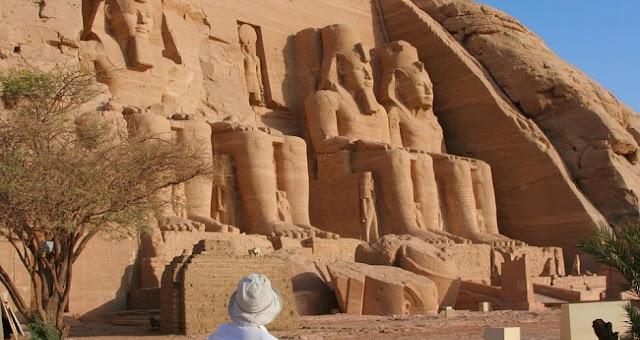 فنون الحضارة الفرعونية