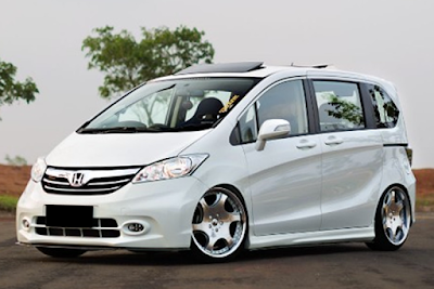 Honda Freed PSD modifikasi