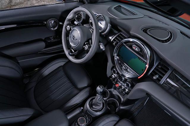 MINI Hatch 2018 chega ao Brasil em 3 e 5 portas - preços