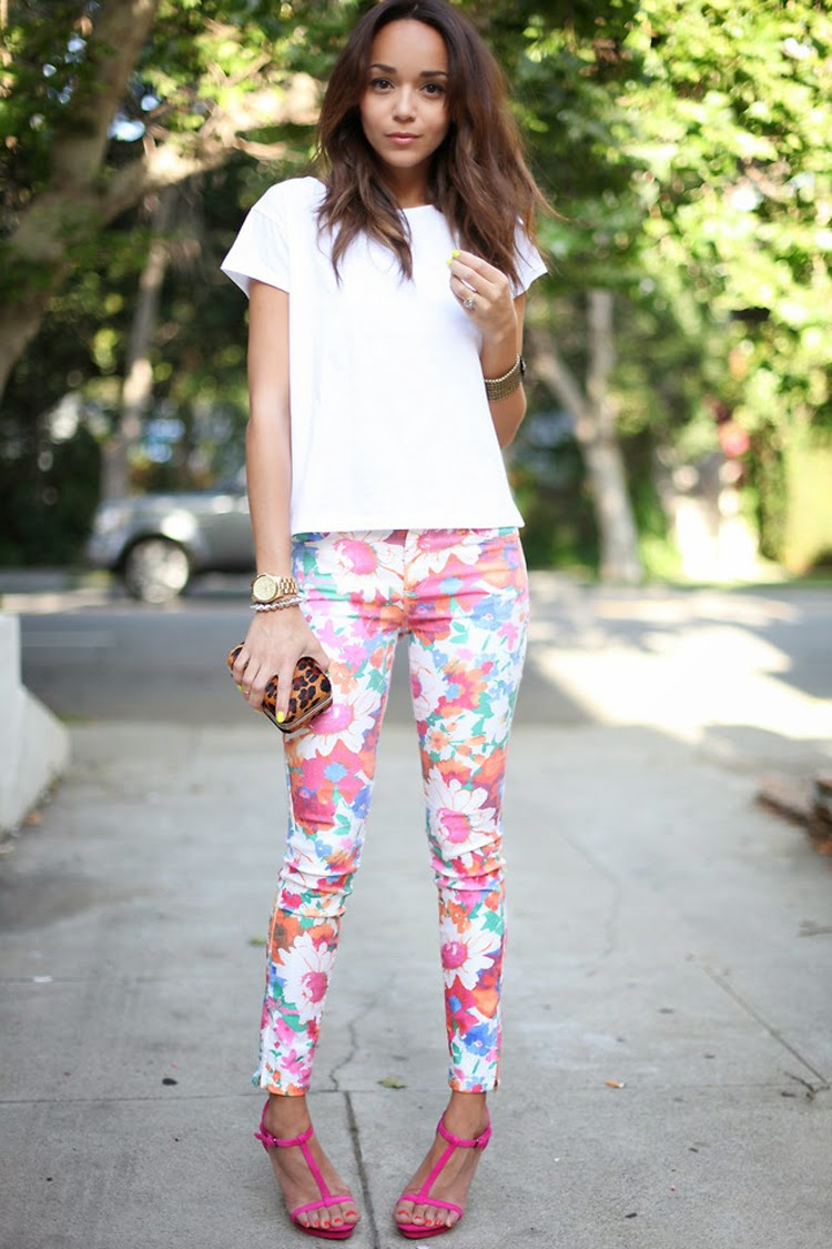 6c1edc92ae9b Chic and Silk  GET INSPIRED  Floral Παντελόνι. 4 Τρόποι να το ...