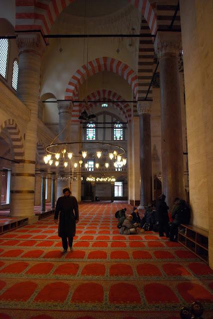 Сулеймание (Süleymaniye Camii), Стамбул, Турция.