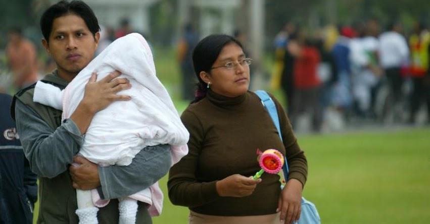 Licencia por paternidad aumentaría de 4 a 10 días calendario para el sector público y privado