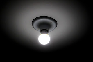Contas de luz devem ficar mais caras até o fim do ano