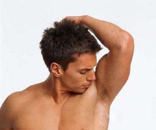 Μυριστείτε! Η µυρωδιά του σώµατος µπορεί να φανερώσει πολλά πράγµατα για την κατάσταση της υγείας σας