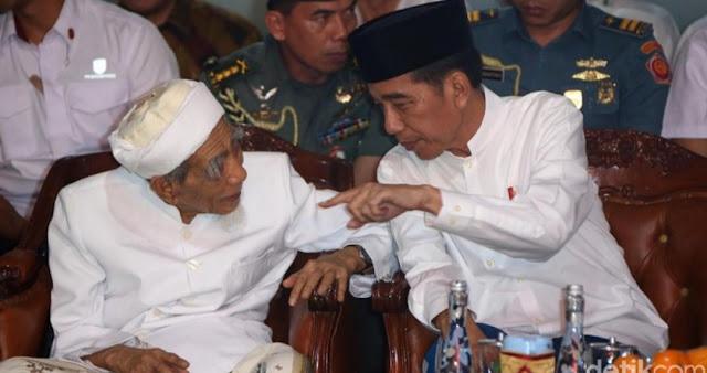 Viral Video Mbah Moen Sebut Prabowo dalam Doanya di Samping Jokowi, PPP Beri Penjelasan