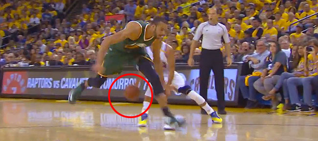 Stephen Curry Shakes Rudy Gobert with Great Handles (VIDEO)