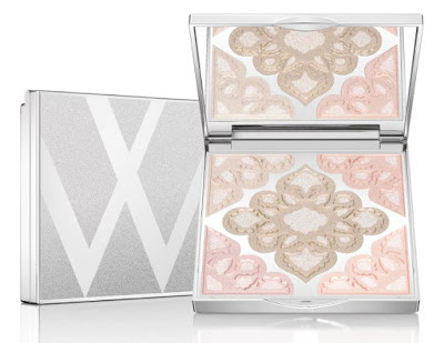 This week I m obsessed with... Lise Watier Neiges Highlighting Powder!