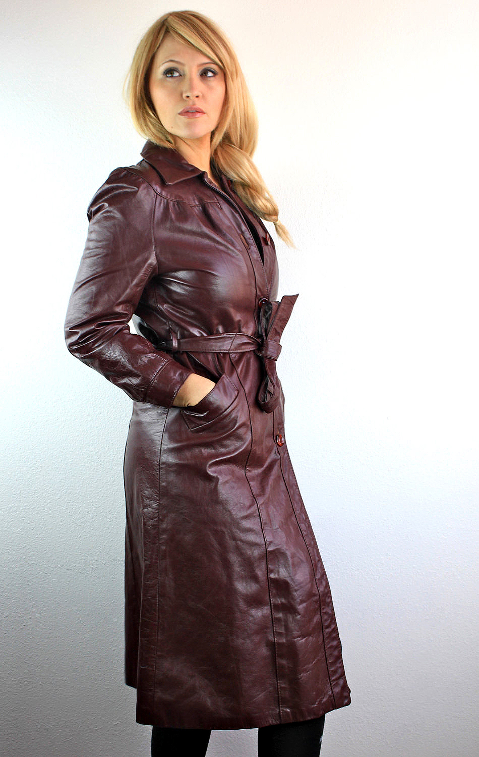 Leather Coat Daydreams: Chocolate leather vintage coat