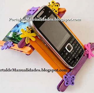 http://portaldemanualidades.blogspot.com.es/2011/06/sosten-para-celular.html