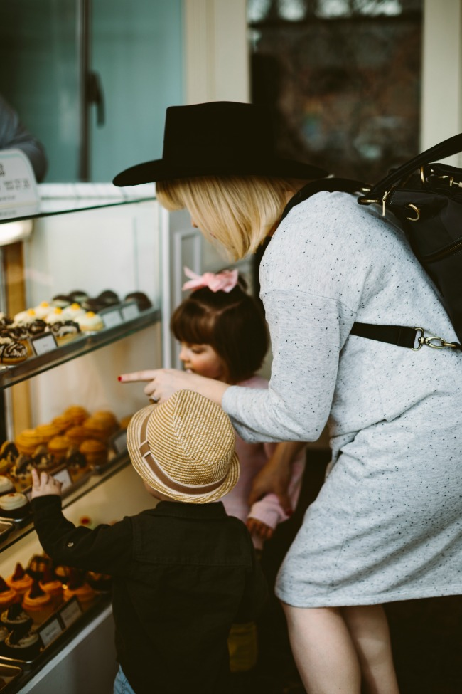 fun mom and kid outings to the best bakeries in utah