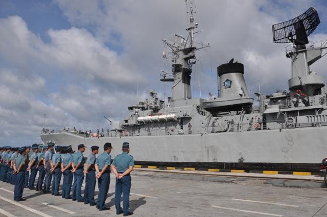 ZONA MILITER INDONESIA DAN DUNIA: TNI AL Uji Coba Rudal
