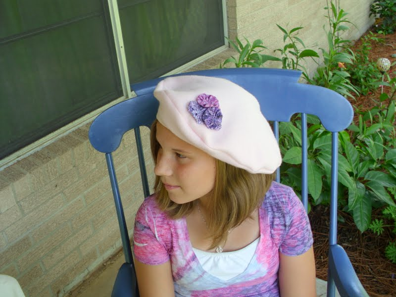 161b702c5073b This Year s Fashion Berets and a Simple DIY Craft