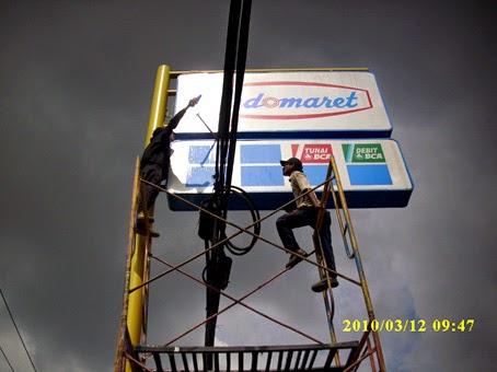 plang nama reklame: jasa pembuatan plang nama neon box giga