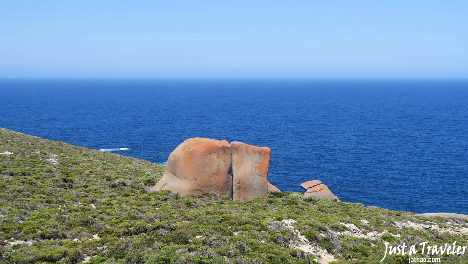 Adelaide-Kangaroo Island-Remarkable Rocks-Transportation-Ferry-Attractions-Itineraries-Recommendation-Travel Blogs-Back-Pack Travel-Independent Travel-Tour-Day Tour-Two Day Tour