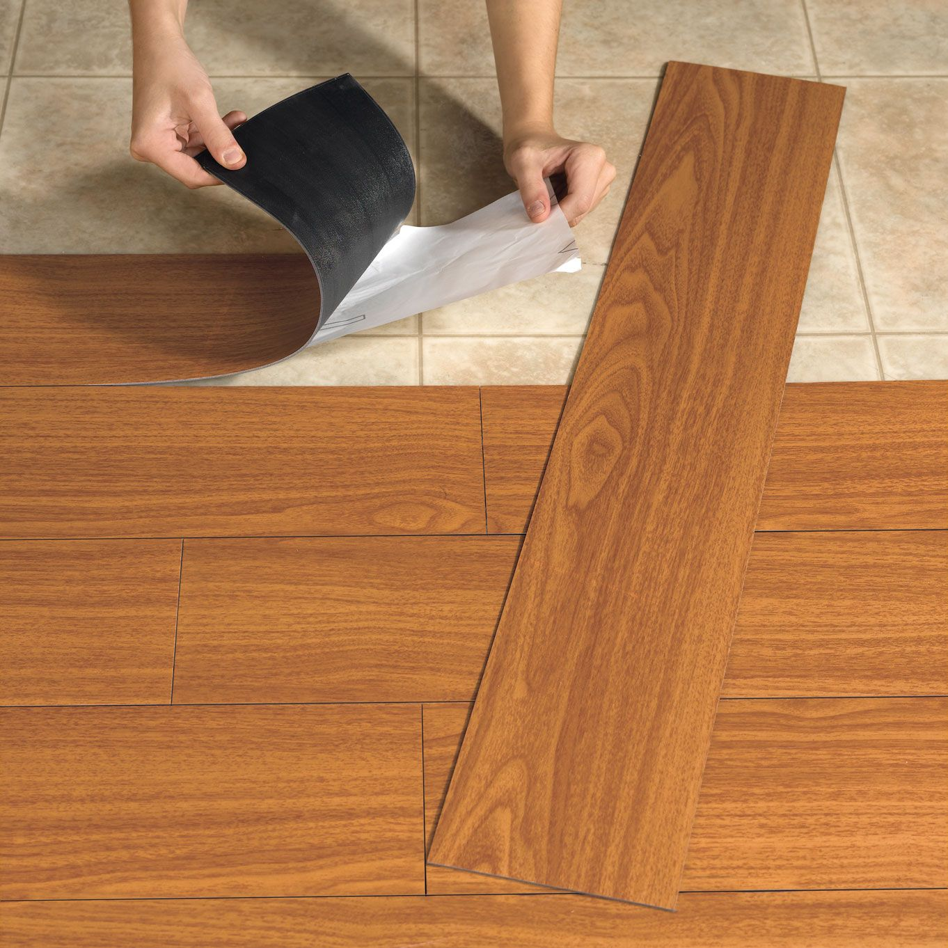 Flooring Jenis Ini Bisa Diproduksi Menyerupai Granite Marmer Bahkan Motif Kayu Pemasangan Relative Mudah Dengan Lem Dan Ada Yang Seperti