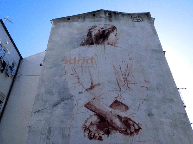 Medianería pintada en Marqués de Viana en Tetuán.