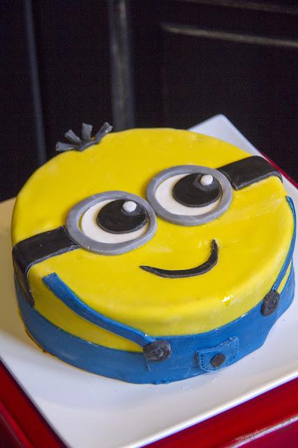 Fantaisie Cake Cake Quot Minion