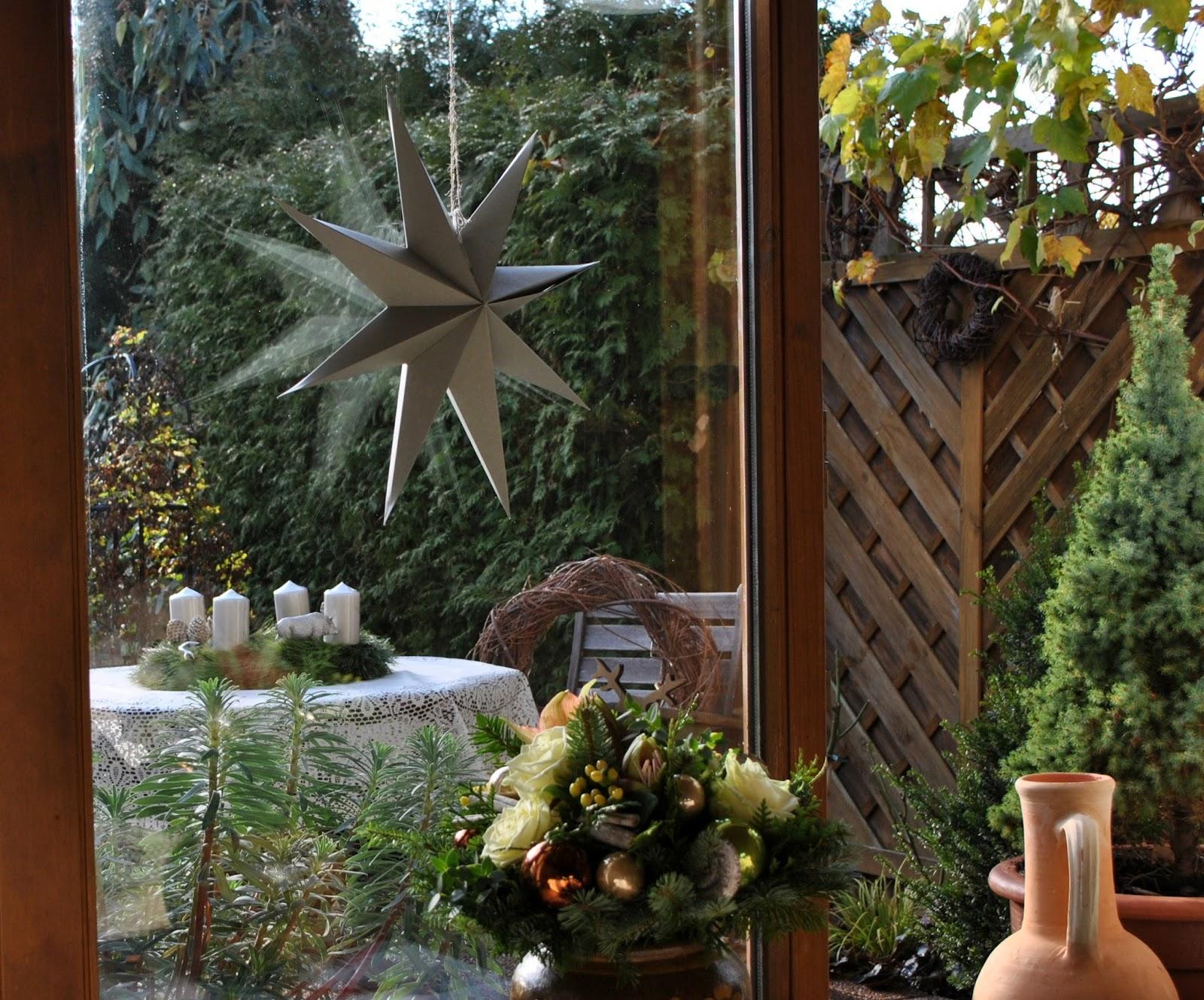 gartendeko blog weihnachtsdeko vom blumenversand. Black Bedroom Furniture Sets. Home Design Ideas