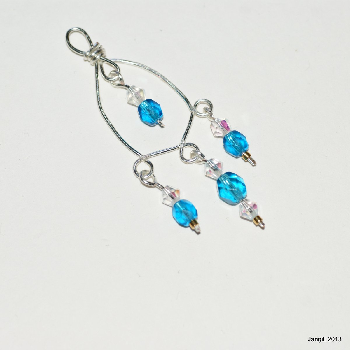 Jan Gill Wire Wound Connector Earrings Tutorial